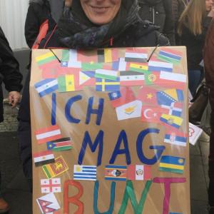 "AfD-Gegendemo 27.10.2018, Kreative Plakate - ""Ich mag bunt!"""