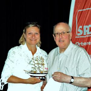 Claudia Ellberg mit Ihrem Laudator Horst Hahn
