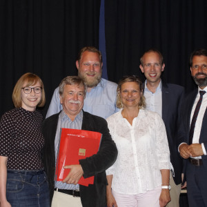 Gruppenfoto der Laudatoren (v.l.n.r Nicole Piechotta, Wolfgang Wulf, Ulf Prange, Claudia Ellberg, Dennis Rohde, Olaf Lies)